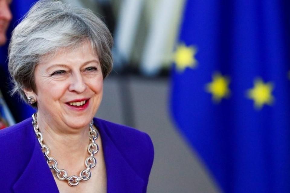 Премьер-министр Великобритании Тереза Мэй в Брюсселе пыталась добиться более выгодных условий выхода из ЕС