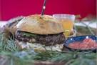 Бургеры возглавили рейтинг самых популярных блюд у россиян в 2018 году
