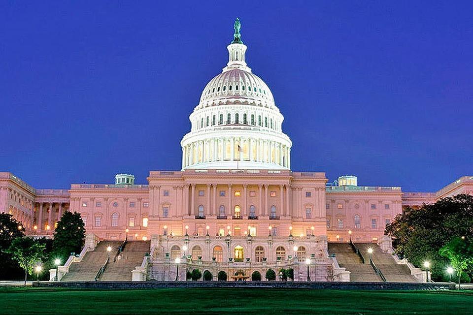 Вашингтону необходимо меняться и подстраиваться под новые условия постепенного возникновения многополярного мира