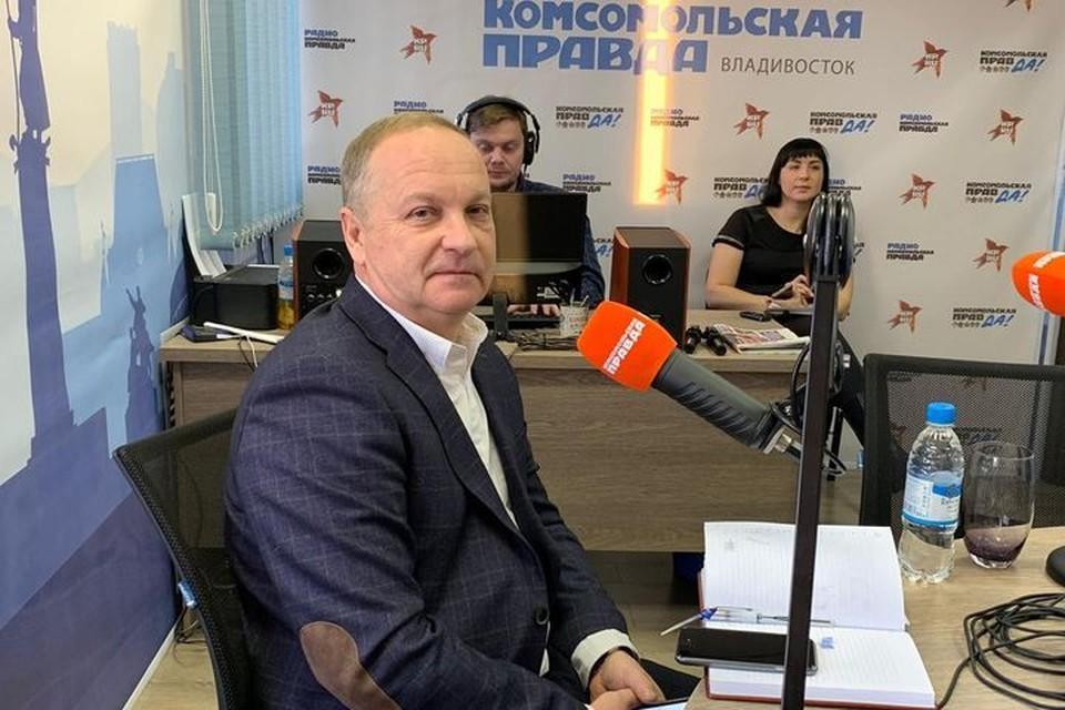 """Олег Гуменюк ответил на вопросы ведущих и радиослушателей """"Комсомольской правды"""""""