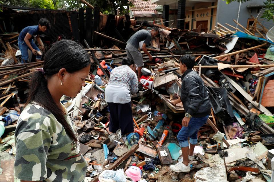 МИД предупредил россиян о новом цунами в Индонезии