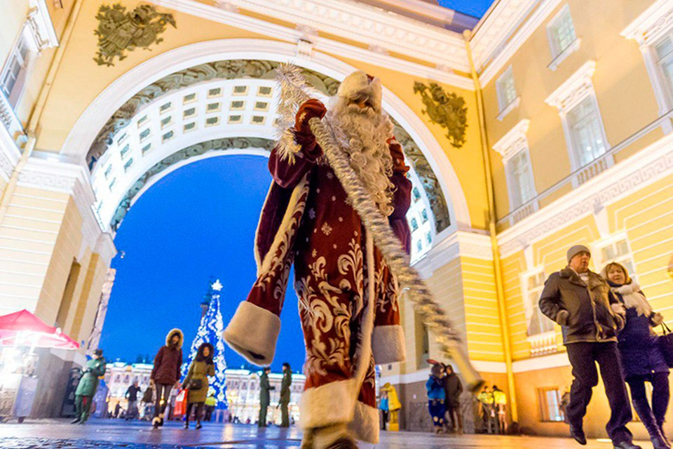 Главный синоптик голрда рассказал о погоде на Новый год в Петербурге.