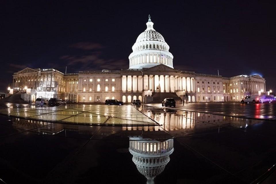 Конгресс США не смог положить конец «шатдауну»