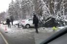 """В жутком ДТП с ВАЗом и """"Киа"""" на трассе """"Кола"""" под Петербургом погибли четыре человека"""