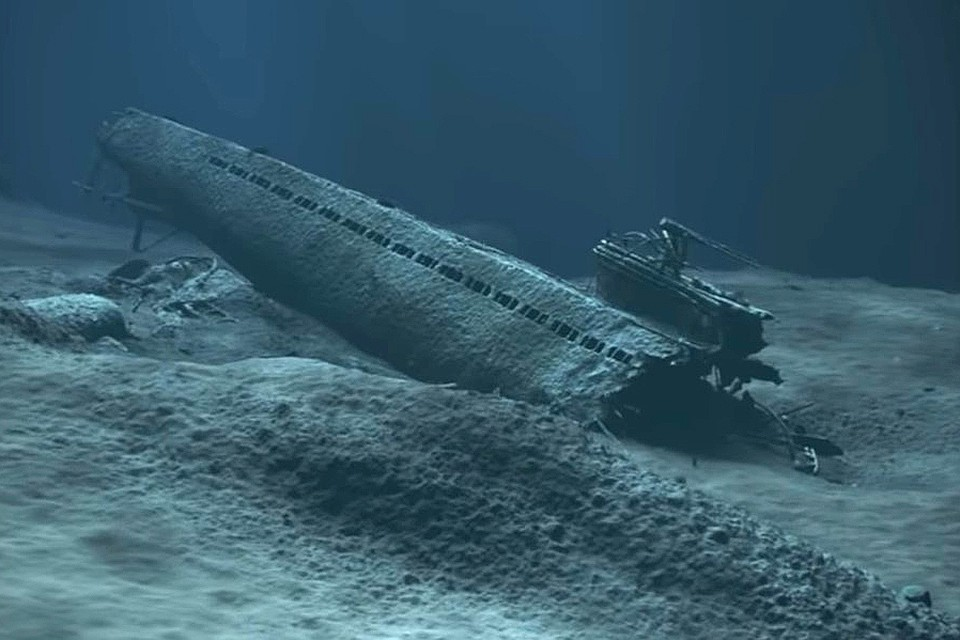Достоверно известно, что на борту потопленной подводной лодки были 65 тонн ртути.