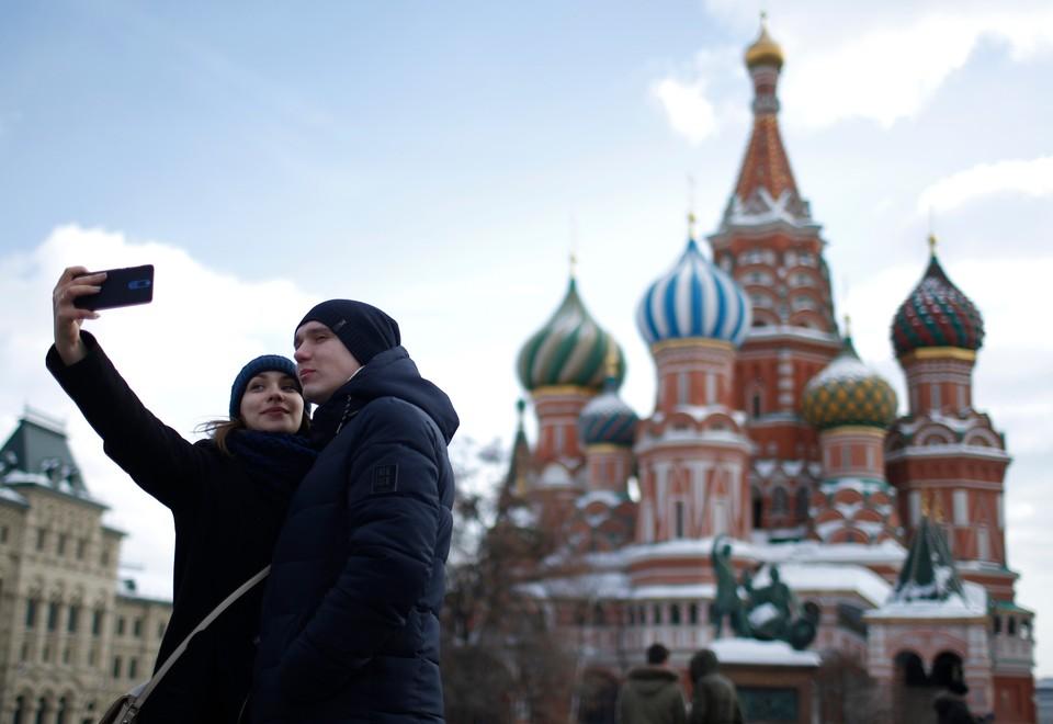 Москва вошла в десятку самых привлекательных и дешевых столиц для туристов