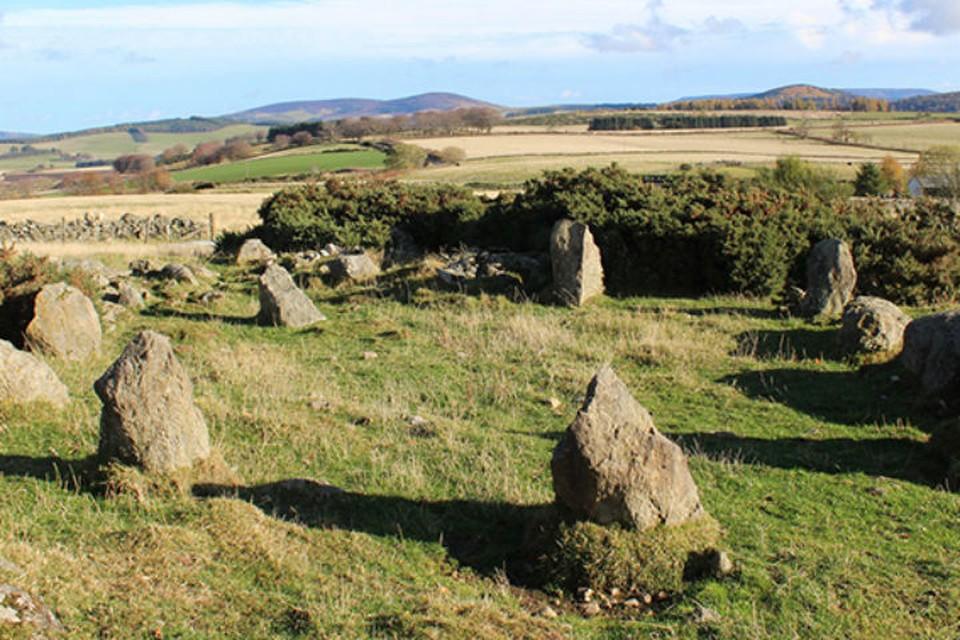 В Шотландии древний монумент оказался новостроем