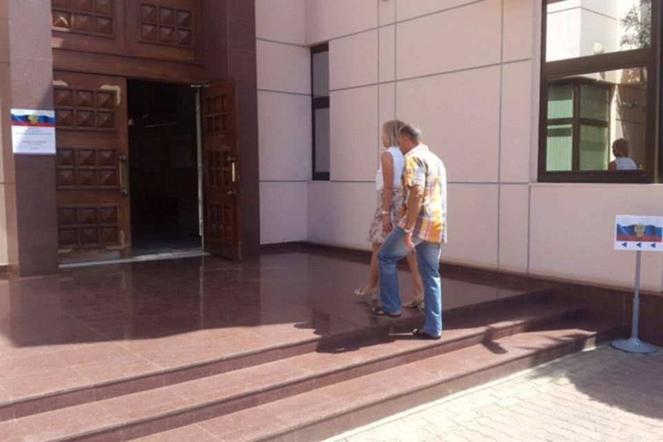Сотрудники российского посольства в Кабо-Верде следят за судьбой мурманских моряков, которых поместили в местную тюрьму. Фото: capeverde.mid.ru