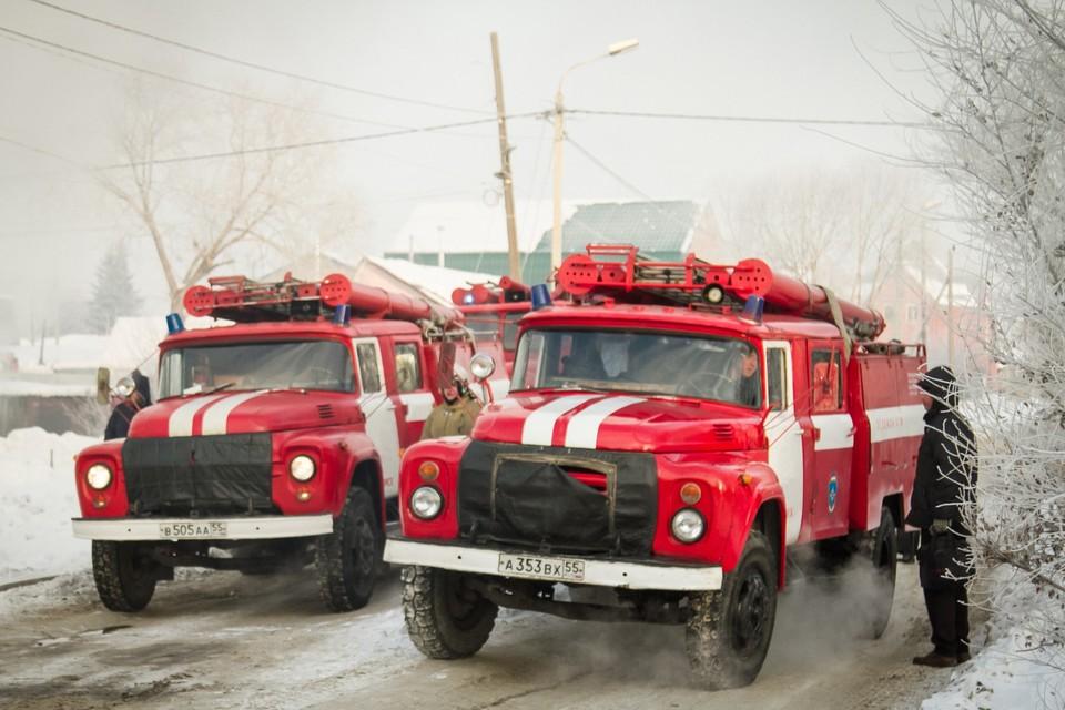 В Омской области два односельчанина спасли из огня пенсионера