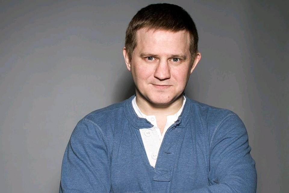 penthaus-kto-iz-izvestnih-rossiyskih-zvezd-vistavlyal-svoy-muzhskoy-chlen-volosi-prostitutki-pitere