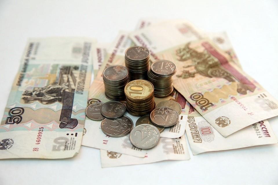 Зарплаты учителей по СКФО стабильно ниже средних и, несмотря на наметившийся рост, стабильно ниже 25 тысяч рублей