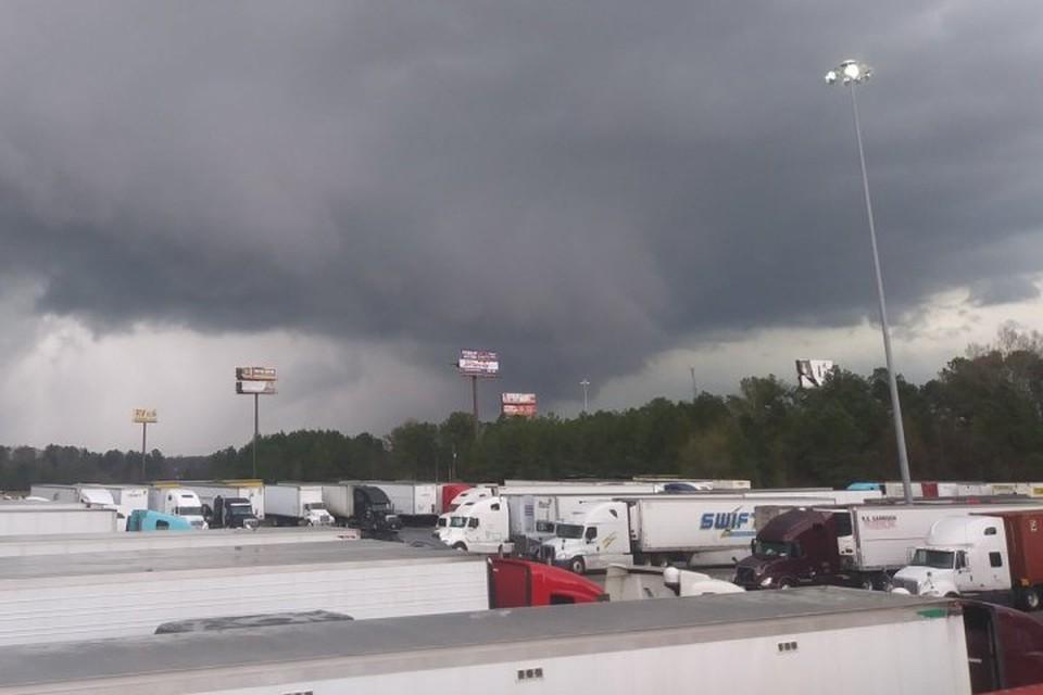Торнадо в соседнем с Алабамой штате Джорджия