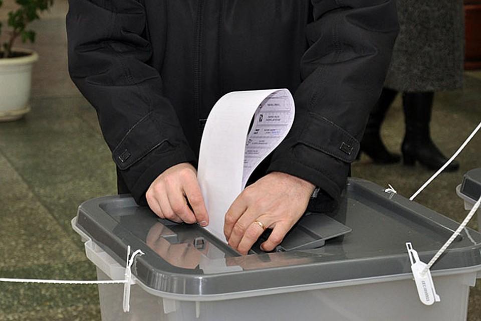 2062 бюллетеня было выдано на руки избирателям, но не было найдено в урнах