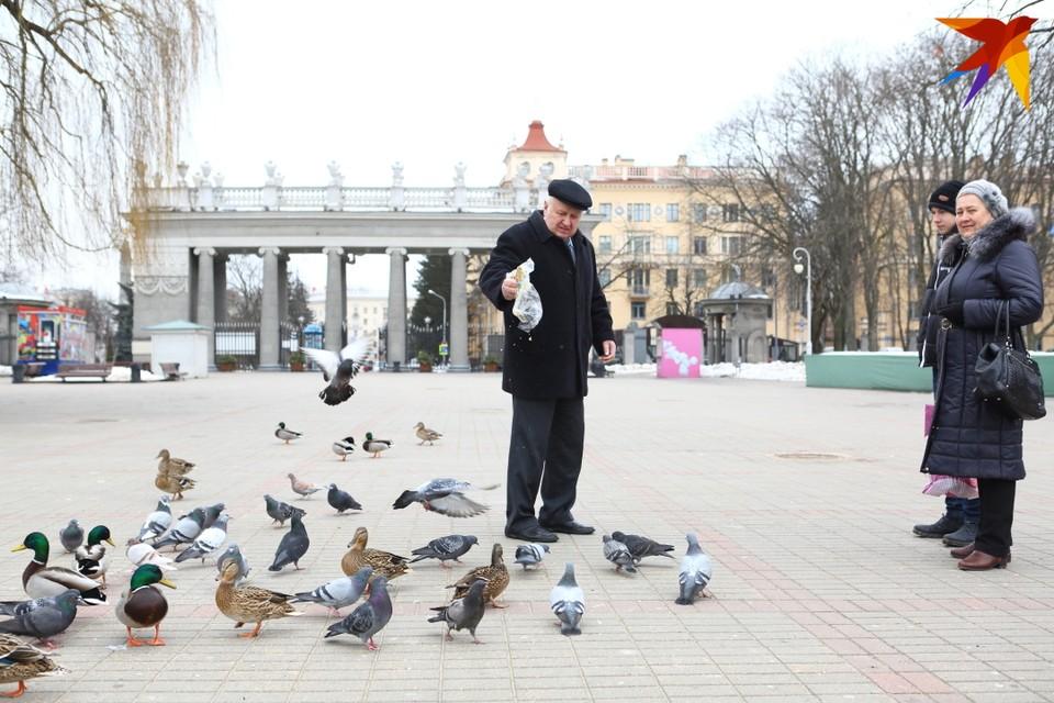 Белорусы, работавшие в странах ЕАЭС, смогут получать пенсии по правилам этих стран.