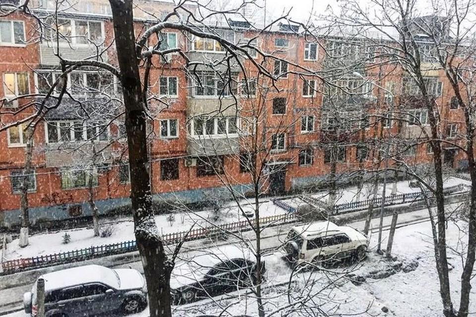 Даже привыкших к резким переменам погоды жителей края удивили внезапные снег, дождь и гроза