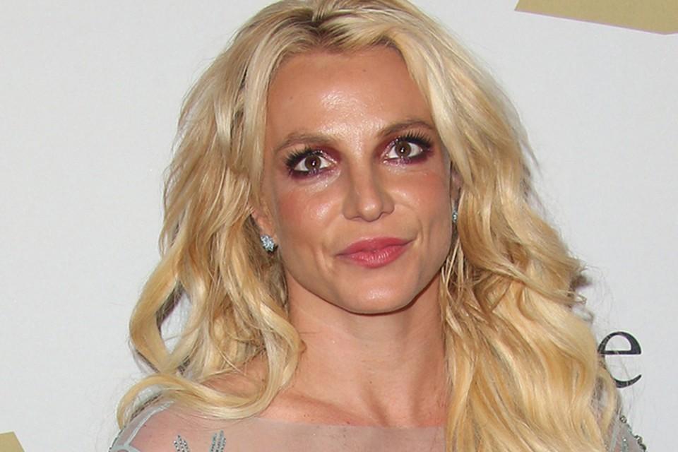 Бритни Спирс попала в психиатрическую клинику.