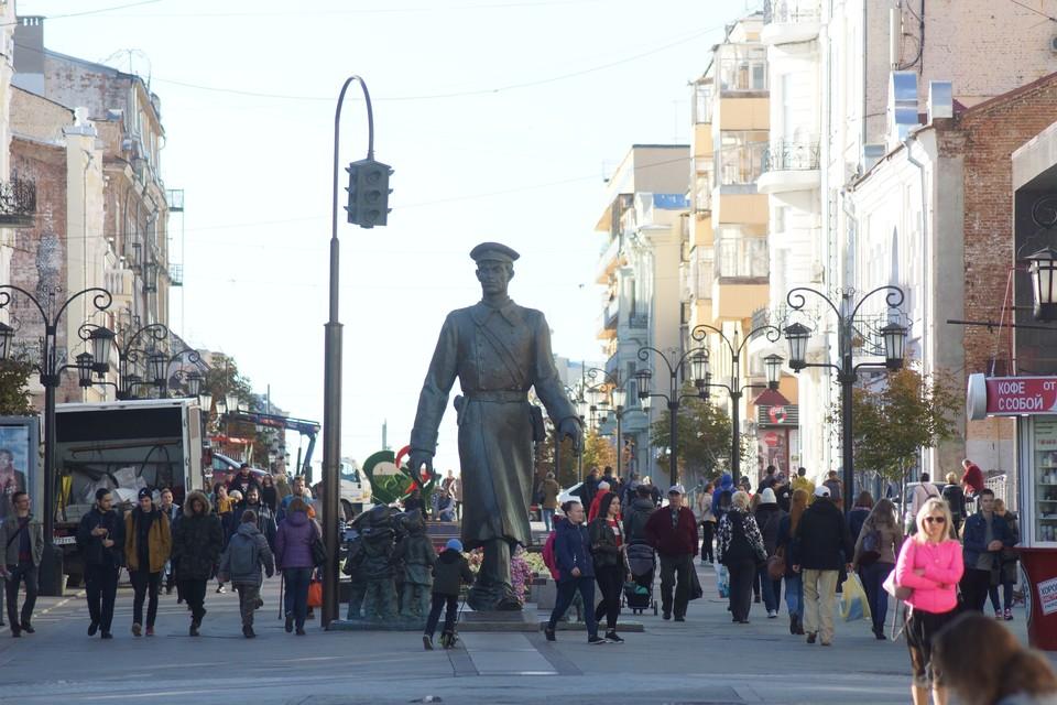 Главная пешеходная улица города раньше называлась Панской, а имя второй столицы страны получила в начале XX века