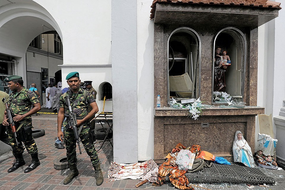 На автобусной станции Шри-Ланки обнаружила 87 детонаторов