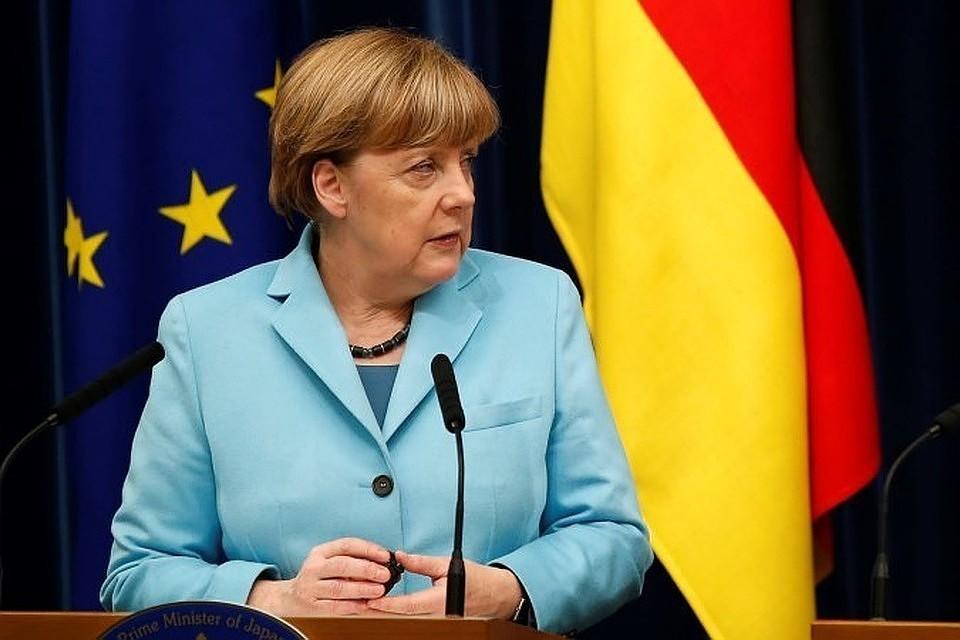 Меркель заявила, что ФРГ продолжит поддерживать реформы на Украине