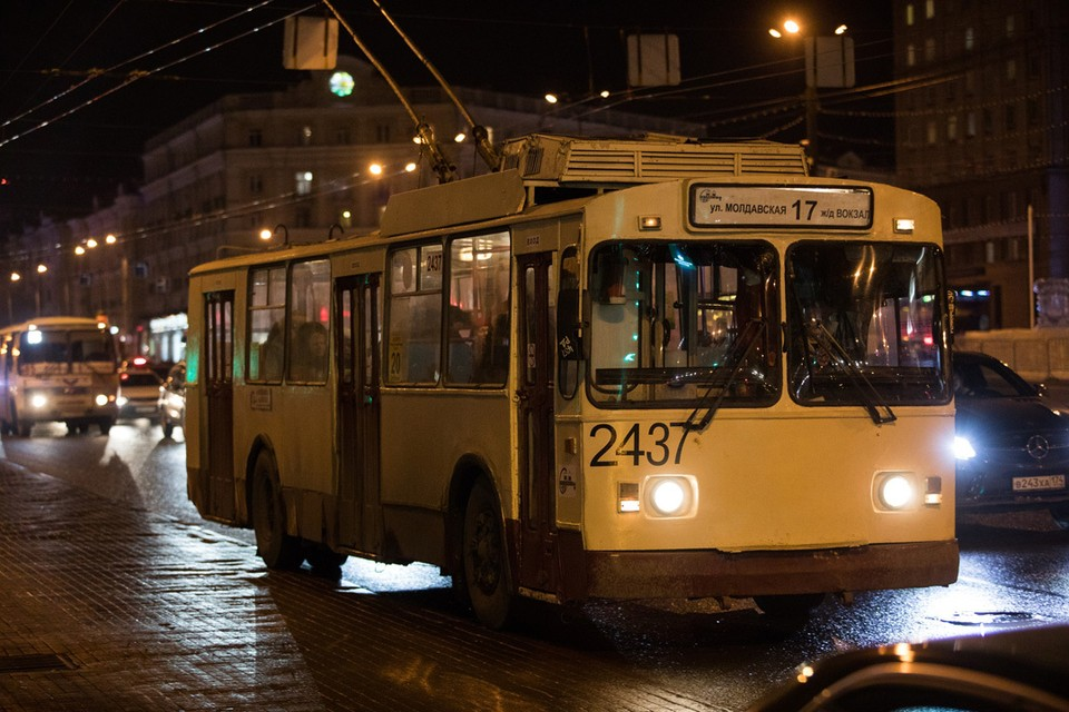 Трамваи и троллейбусы заберут пассажиров от храмов Челябинска.