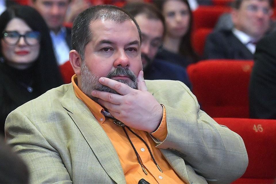 Писатель Сергей Лукьяненко.
