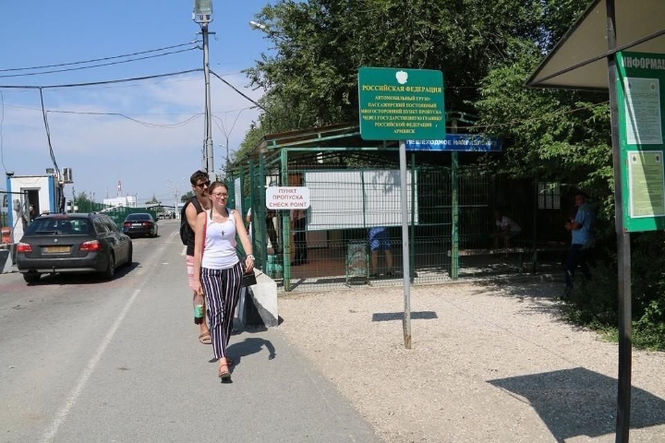 Украинцы активно едут отдыхать на любимые курорты полуострова