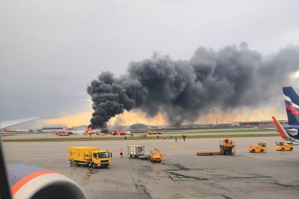 Пилоты аварийно севшего в аэропорту Шереметьево самолета живы