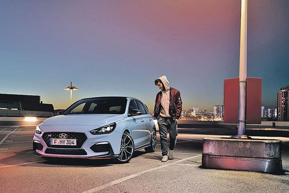 Hyundai i30N будут продавать лишь в самых богатых городах: его цена - более 2,2 млн рублей. Фото: Предоставлено пресс-службами
