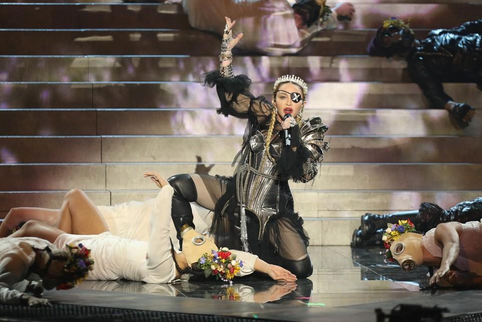 Звезды уровня Мадонны ранее на Евровидении не выступали.
