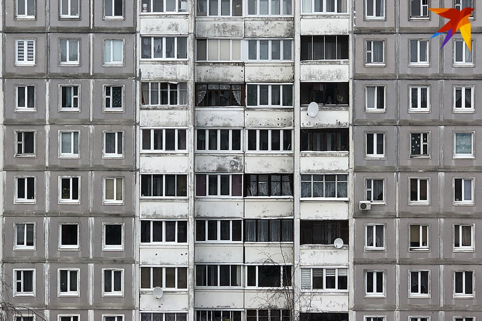 Мужчина сорвался с 3-го этажа