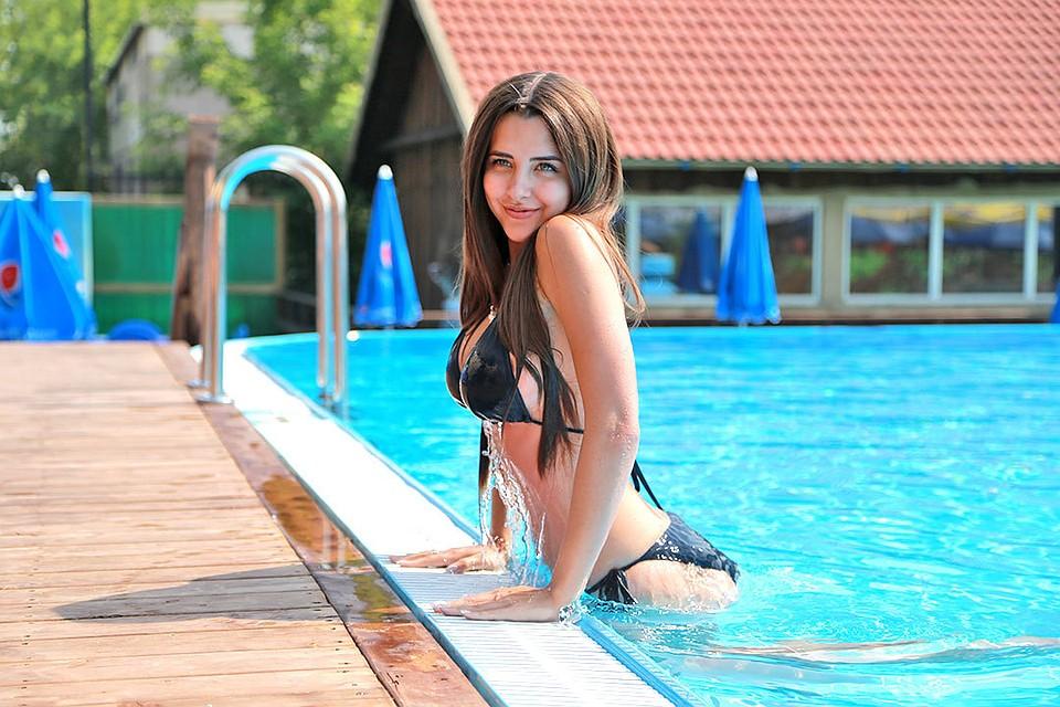 49cdb87cc681 Хотите быть очаровательной, как русалка? Подберите правильный купальник!