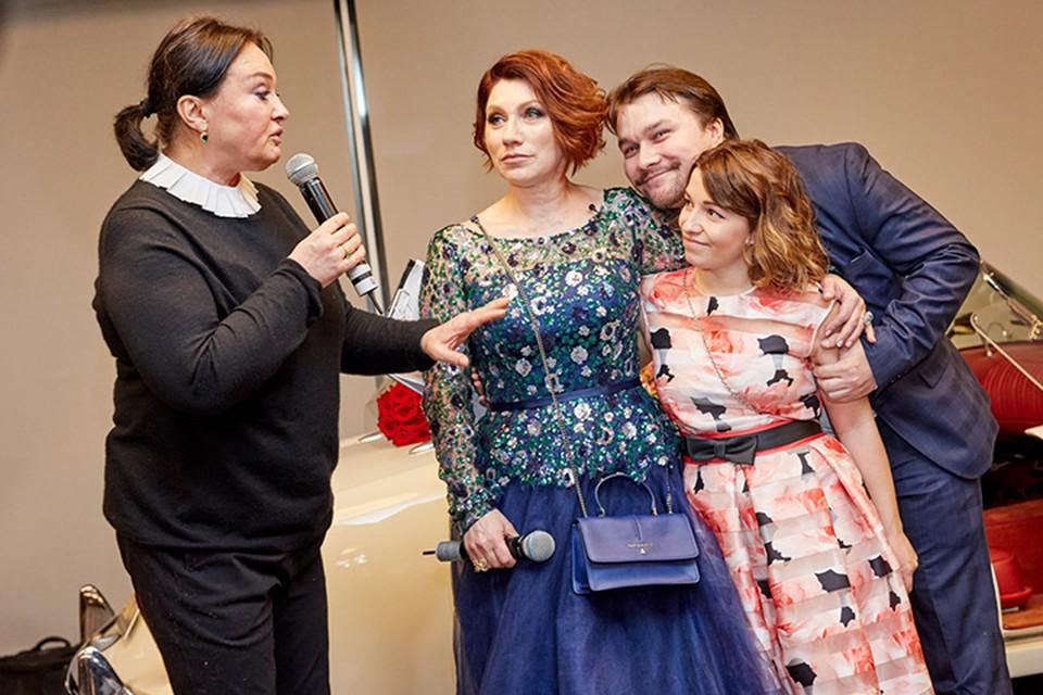Лариса Гузеева с Розой Сябитовой, ее дочкой и сыном