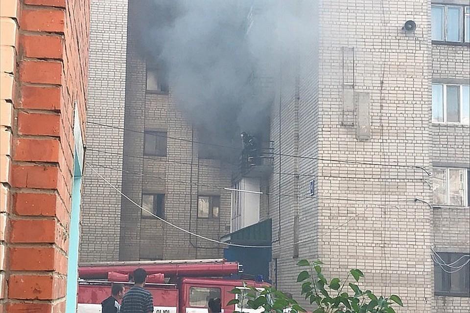 Пожар возник на третьем этаже. Фото: НА СВЯЗИ