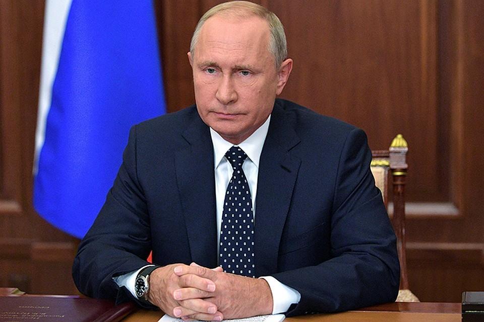 Владимир Путин уволил двух генералов