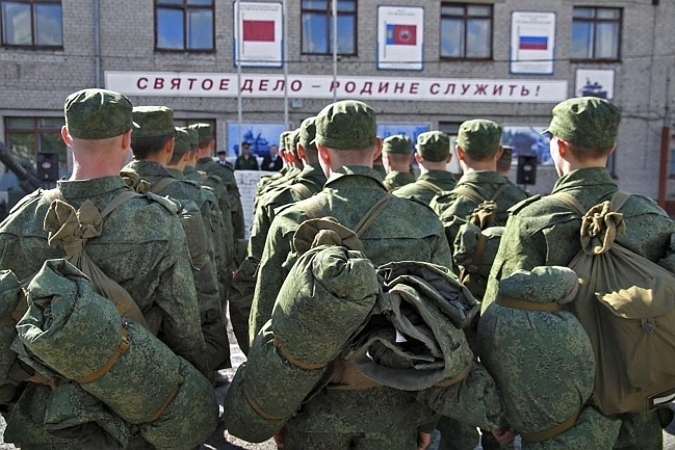 24% респондентов считают службу в армии долгом перед государством