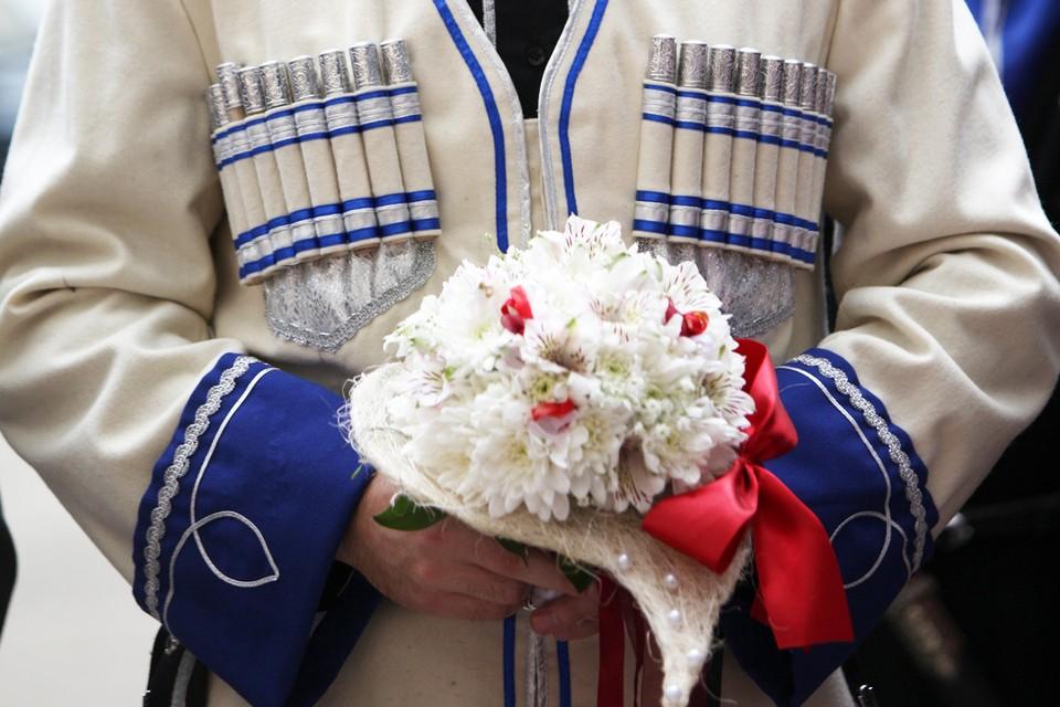 «Кавказский Казанова» соблазнял замужних красавиц ради наживы
