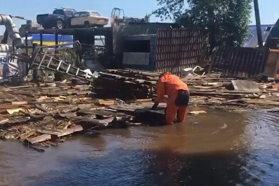 Роспотребнадзор: вспышек инфекции в районах пострадавших от паводков в Иркутской области нет.
