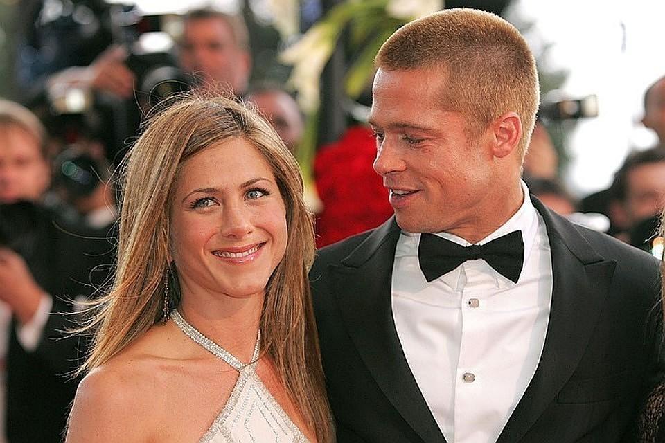 Брэд Питт и Дженнифер Энистон развелись в 2005 году