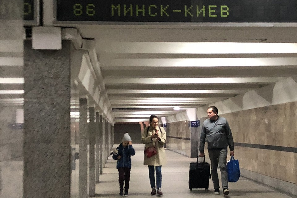С 17 июля по 2 августа не все выходы на станциях метро будут доступны для пассажиров.