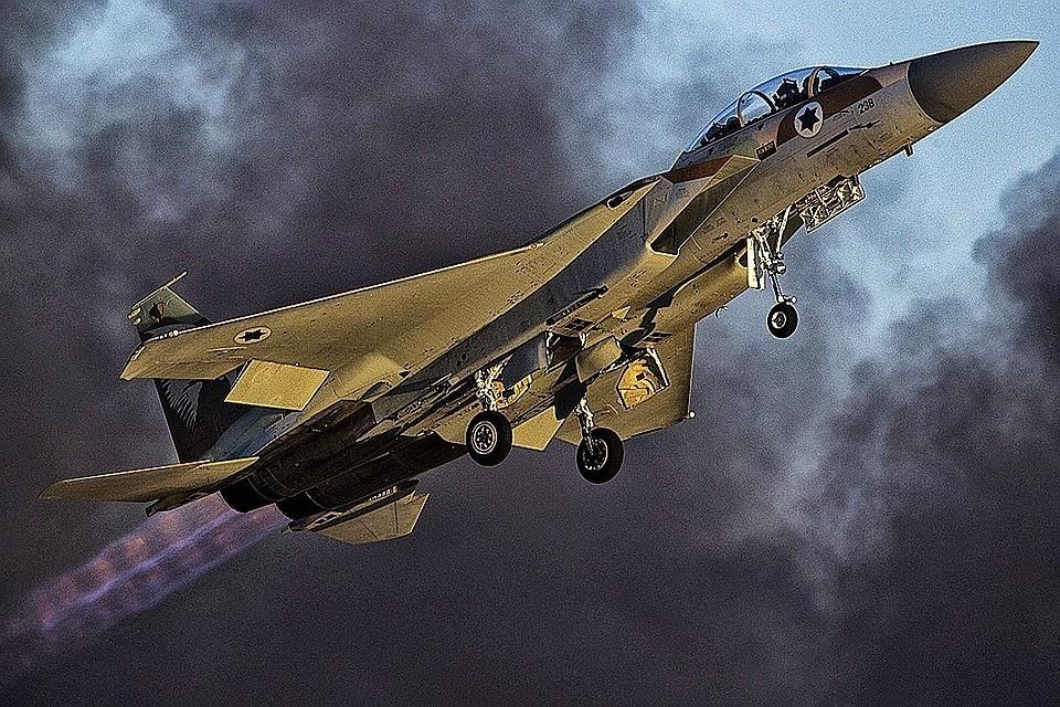 Сирийские СМИ утверждают, что удар был нанесен авиацией Израиля