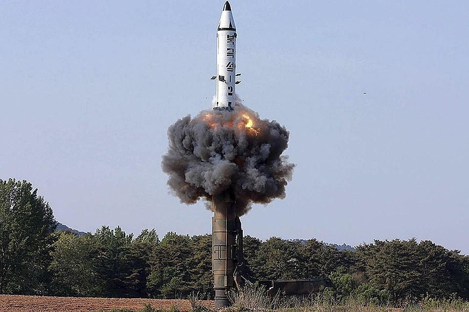 Поводом к такому резкому заявлению стал запуск Северной Кореей двух ракет малой дальности