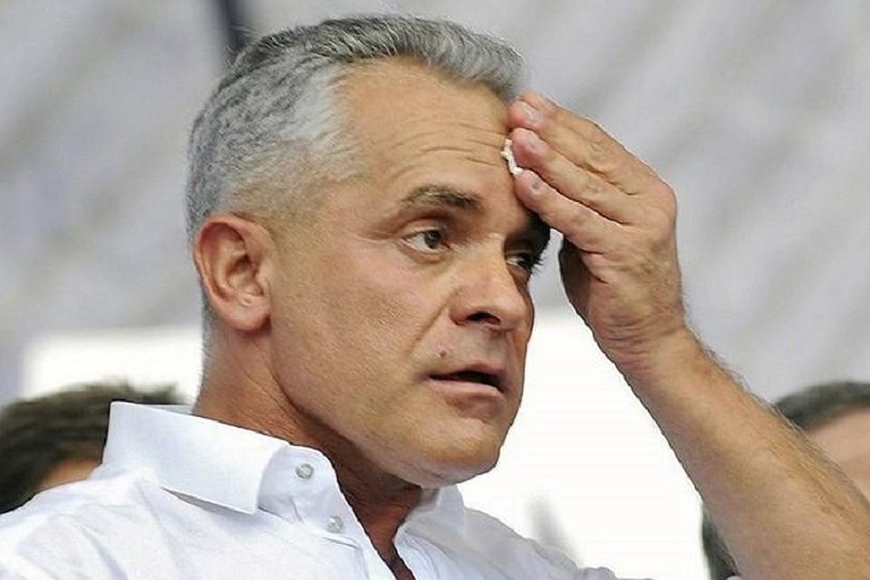 Владимир Плахотнюк сдал мандат молдавского депутата