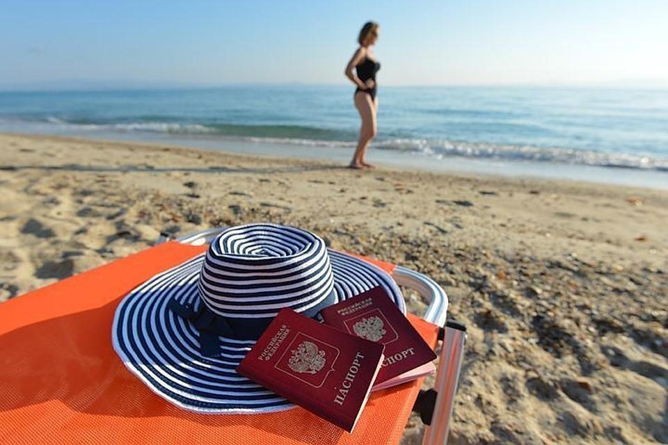 Роспотребнадзор напомнил россиянам об угрозах отдыха в тропических странах