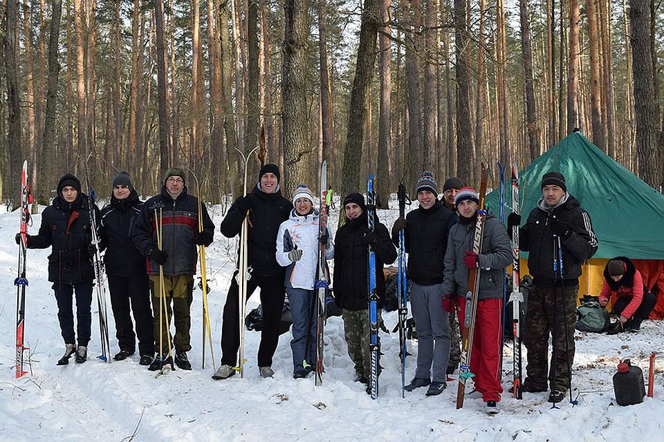 Участники областной Школы инструктора детско-юношеского туризма в походе в феврале 2018 года