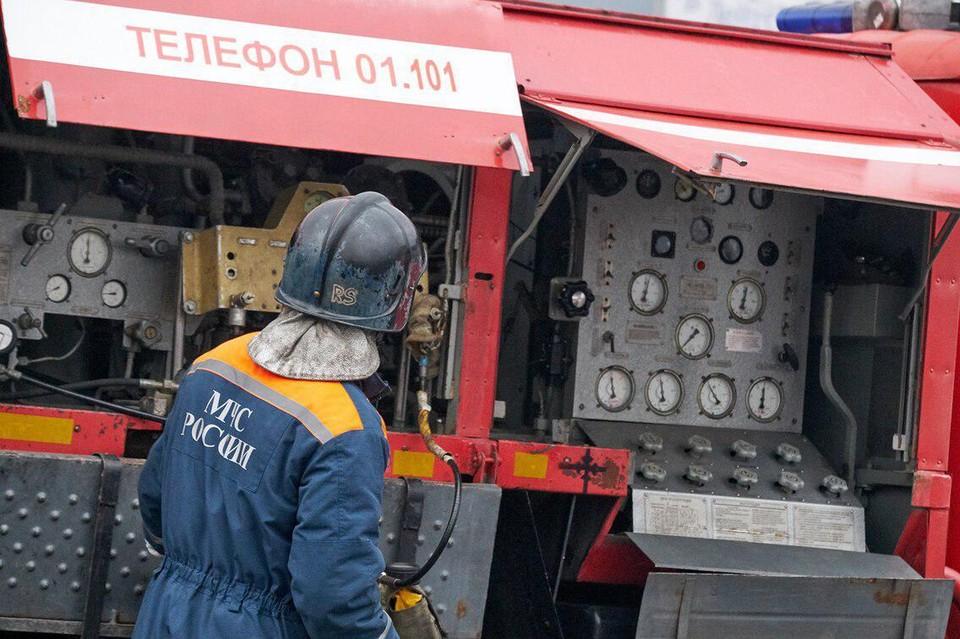 В МЧС пока не знают, под Архангельском произошел взрыв или пожар