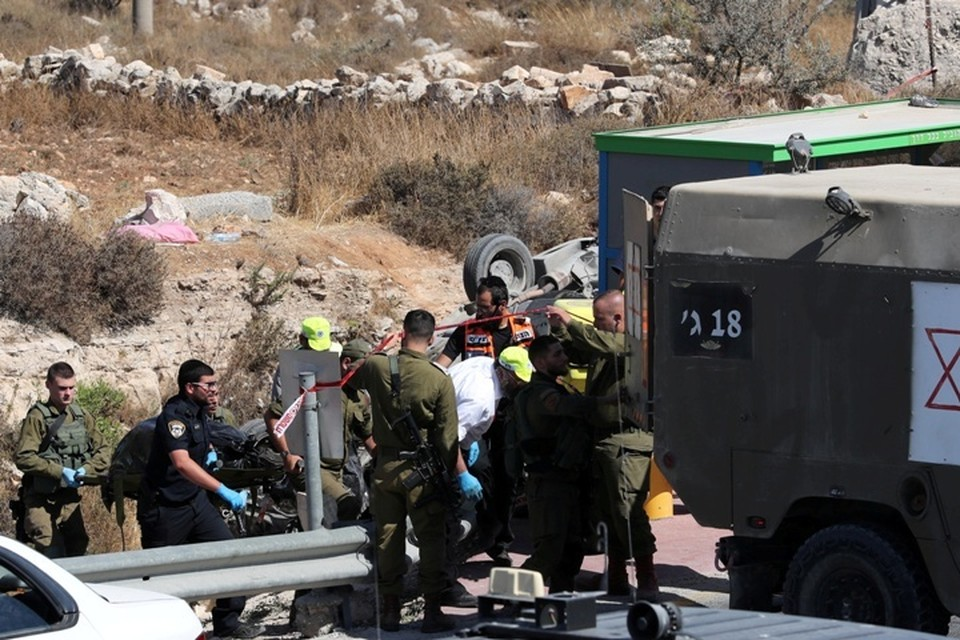 Военные Израиля открыли огонь по палестинцам, пытавшимся пересечь границу сектора Газа