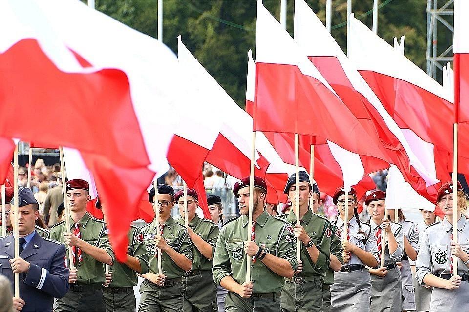 Валенса осудил Польшу за отказ пригласить Путина на годовщину начала Второй мировой