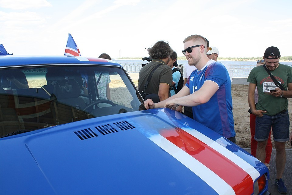 Эксперты уверены, что продажа машин в Сети не приживется в России