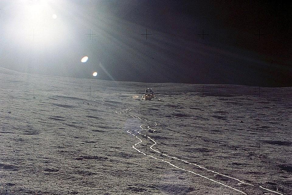 Любитель астрономии рассмотрел на Луне советский корабль