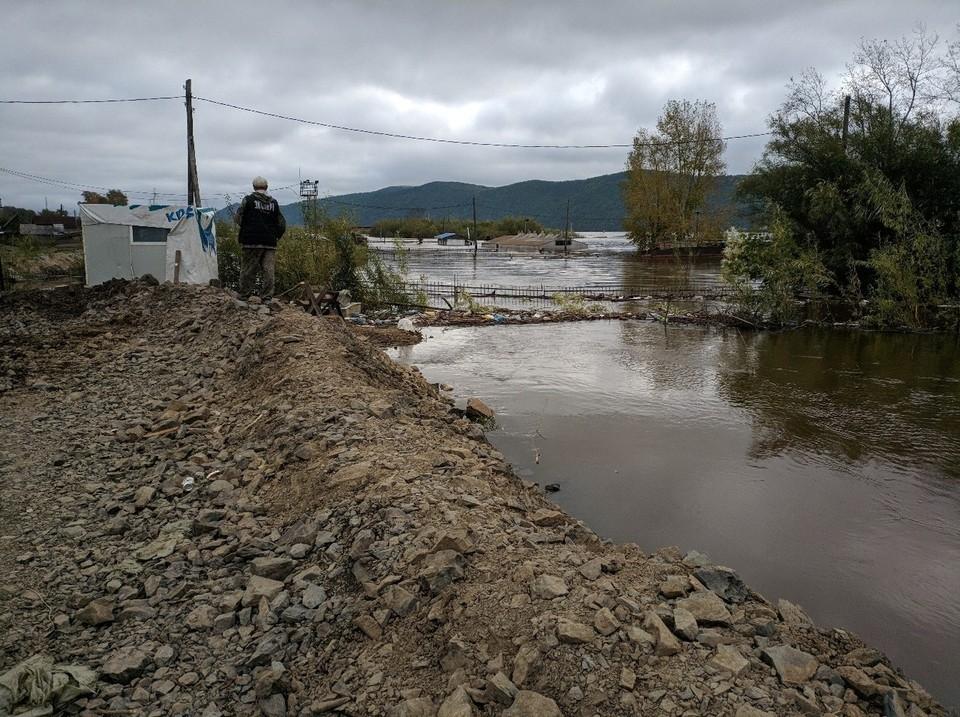 Рост уровня воды у Комсомольска-на-Амуре остановился. Фото: Пресс-служба ГУ МЧС России по Хабаровскому краю